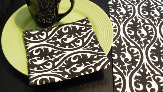 Wedding - RUNNER and NAPKINS SET Damask Table Runner with four napkins Kimono Black on White or Any Print in our Shop