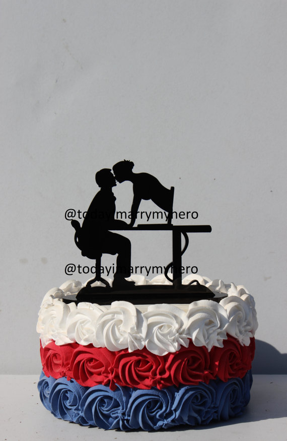 Mariage - Internet Computer Wife Matchmaker Geek wedding cake topper farmer