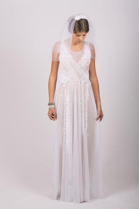 Mariage - Wedding Dress,Wedding Gown, Lace V- neck Wedding ,Bridal Dress: VALERIE White Floral Lace Tulle Long Dress Custom Size