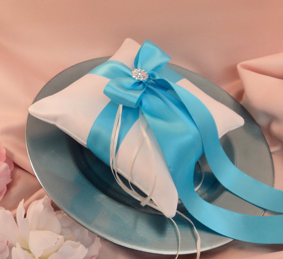 Свадьба - Romantic Satin Elite Ring Bearer Pillow...You Choose the Colors...Buy One Get One Half Off...shown in ivory/turquoise
