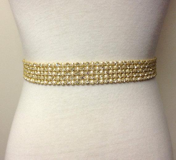Свадьба - Gold Sash-Gold Pearl Sash-Gold Rhinestone Sash-Bride Belt-Wedding Sash-Wedding Grown Sash-5 Rows Gold Plated Rhinestones Pale Gold Pearls