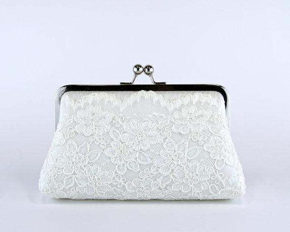 Mariage - Alencon Lace Silk Scalloped Clutch in Ivory, Wedding clutch, Wedding bag, Bridal clutch, Purse for wedding