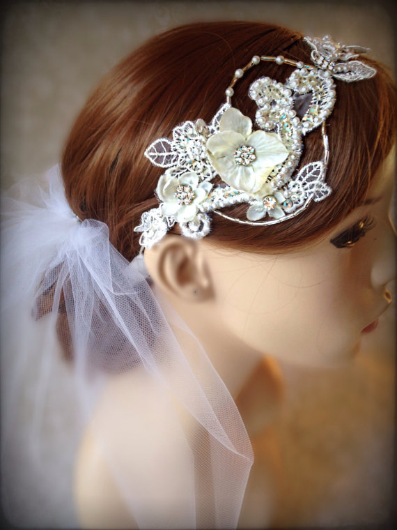 Mariage - Wedding Hair Accessories,birdcage veil, wedding  light ivory hair Lace Bridal Headband , Champagne hair accessories,  bridal  floral vine