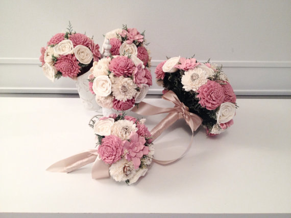 Свадьба - Small Wedding Bouquet made with sola flowers - choose your colors - balsa wood - Alternative bouquet - bridesmaids bouquet