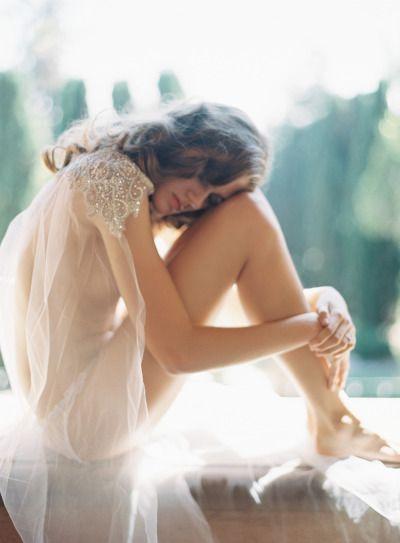 Свадьба - Elegant Bridal Boudoir