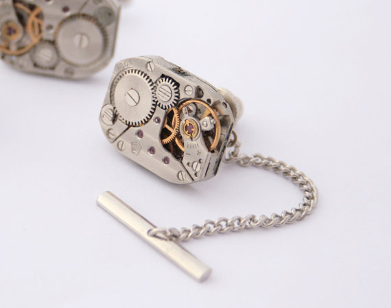 Mariage - Steampunk Tie Tack with Chain ONLY Mens Silver Tie Pin Watch Movement Wedding Mens Accessories Metal Tie Tack Clutch and Chain