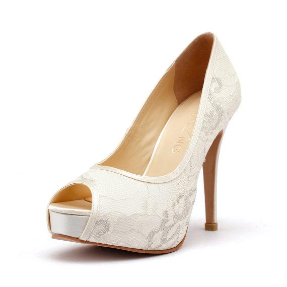 Lady Jacqueline, Lace Ivory White Peep