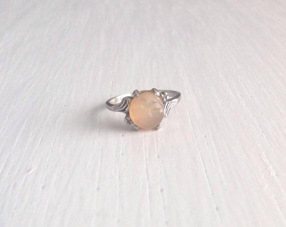 Свадьба - Vintage Gold Ring/Man in the Moon Ring/Moon Ring/10kt Gold Ring/Vintage 10kt Ring/Engagement Ring/Wedding Ring/Moonstone Ring/Gold Boho Ring
