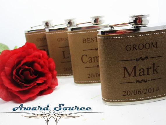 Hochzeit - Personalized Groomsmen Gift, 1 Leather Engraved Flask, Groomsmen Flasks