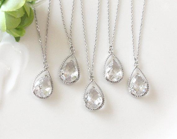 زفاف - Bridesmaid gifts - Set of 4, 5, 6 - Clear crystal drop necklace, Gorgeous Drop ,stone in twisted bezel, B0111-W