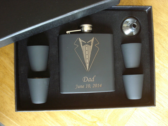 Wedding - 6 Personalized Tuxedo Black Flask Gift Sets  -  Great gifts for Best Man, Groomsmen, Father of the Groom, Father of the Bride