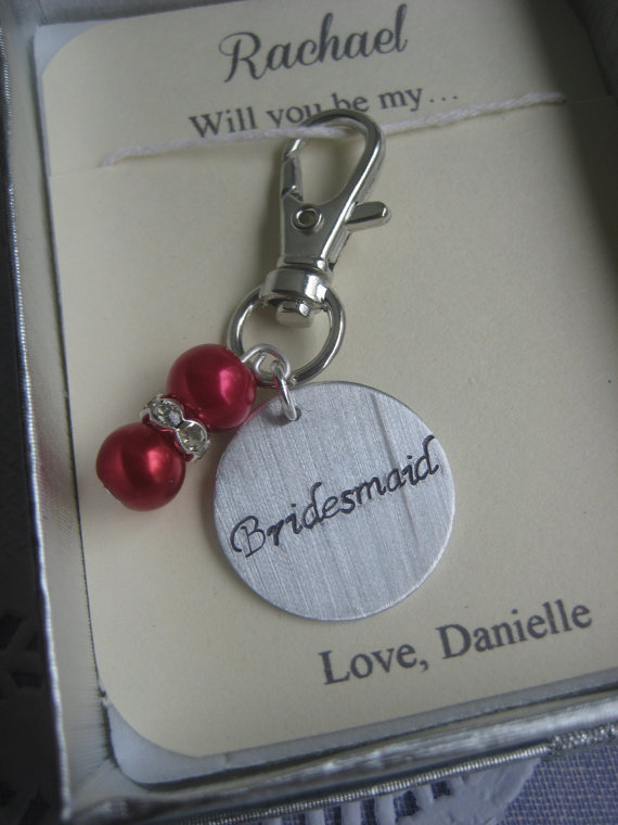 Mariage - Asking Bridesmaid, Maid of Honor. Purse charm, bouquet clip. Other color pearls available