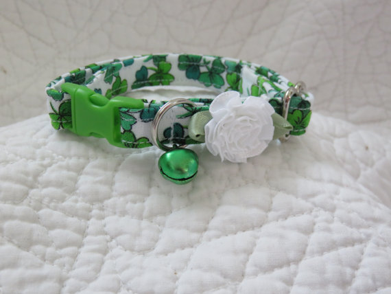 Свадьба - St Patrick Cat  Breakaway Collar Custom Made