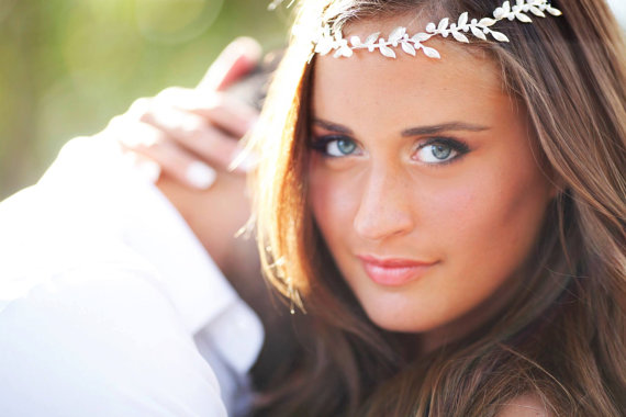 Hochzeit - bridal Hair accessories , Brides Headpieces Gentle silver Leafs Hair Wreath silver Leaf Crown , Wedding Headband , bridal accessories  tiara