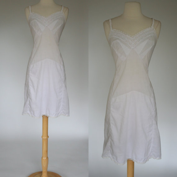 Mariage - 1960's white night gown 60's slip eyelet lace adjustable straps cotton lingerie vintage negligee size Large size 10
