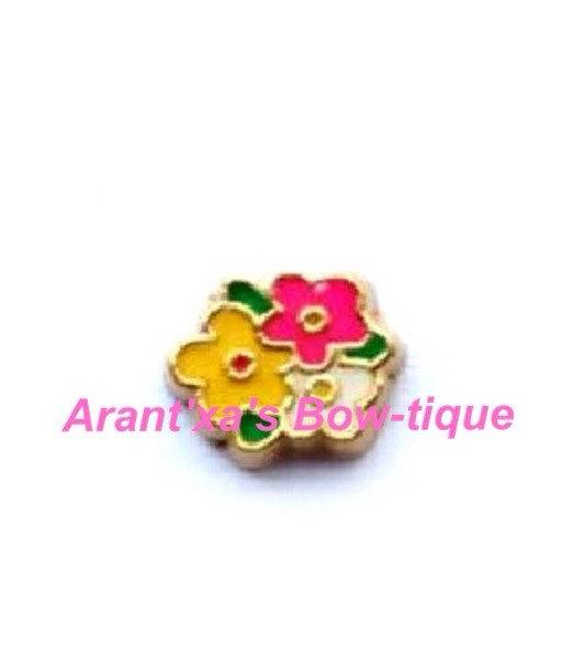 زفاف - Flower Bunch Bouquet Floating Charm for Living, Memory, Floating, or Origami Owl Locket