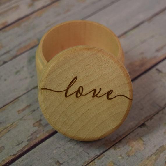 Mariage - Love Wooden Trinket Box -  Wedding Ring Keepsake, Jewelry Box, Ring Bearer Box