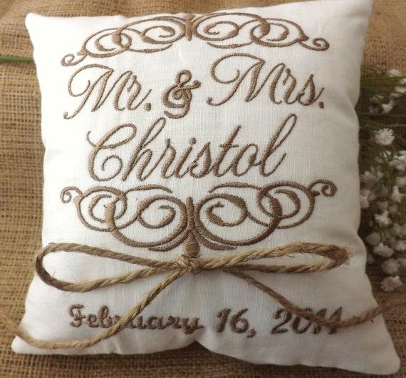 Hochzeit - Ring Bearer Pillow, Mr & Mrs. Ring Pillow, wedding pillow, embroidery, monogram, custom. personalized, ring bearer pillows