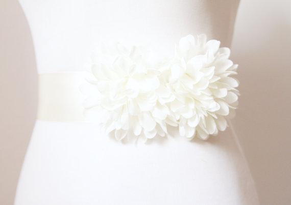 Ivory chiffon flower posh ribbon sash belt vintage for Vintage wedding dress belts