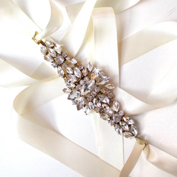 زفاف - Starburst Rhinestone Encrusted Bridal Belt Sash - White Ivory Satin Ribbon - Antique Gold Crystal - Wedding Dress Belt - Crystal Flower