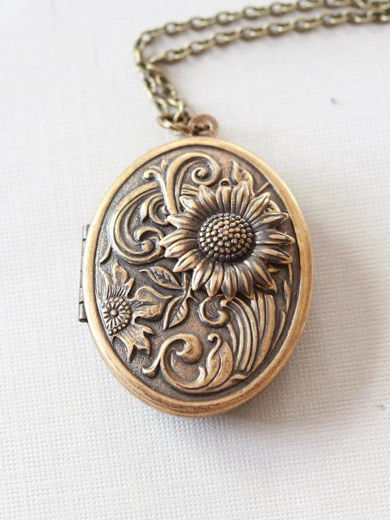 Hochzeit - Locket, Jewelry Gift,Sunflower Brass Locket, locket necklace,photo locket,brass oval locket,brass locket,Wedding Necklace