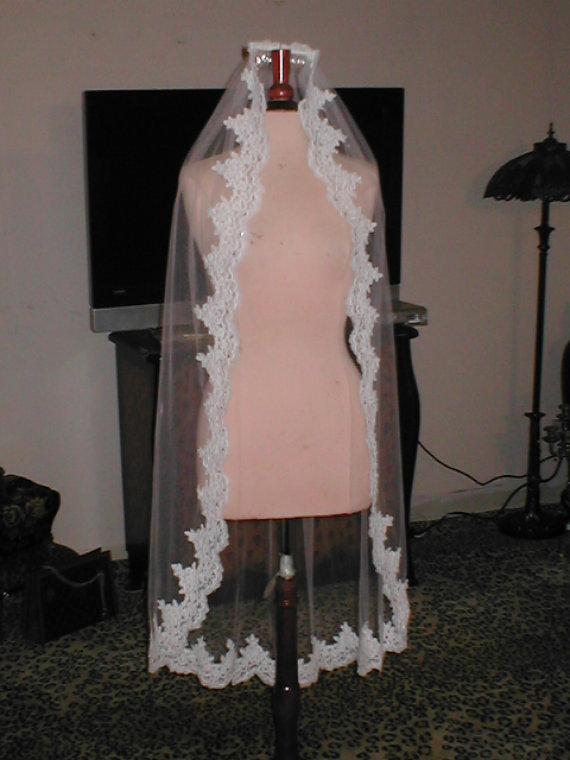 Wedding - Vintage IVORY fingertip length Alencon Lace Mantilla Bridal Veil  Headpiece