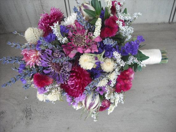 زفاف - Small Dried flower Bridal bouquet.  In Shades of lavender, pinks, and purple.  All natural wedding bouquet.