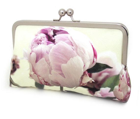 زفاف - Clutch bag, silk purse, pink petals, wedding purse, flower clutch, bridesmaid gift, PINK PEONY