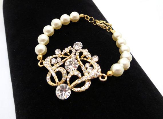 Mariage - Gold bridal bracelet, gold rhinestone bracelet, pearl bracelet, wedding jewelry, Art deco bracelet, vintage style bracelet