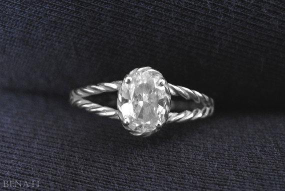 Свадьба - Oval Diamond Twisted Rope Engagement ring, Oval Diamond Engagement ring, Rope Engagement Ring, Delicate Rope Engagement Ring, Diamond Ring
