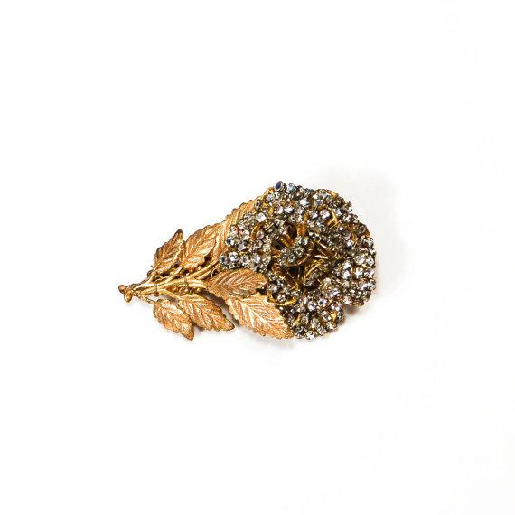 Hochzeit - Josef Morton Rhinestone Flower Brooch Russian Gilt Gold Finish