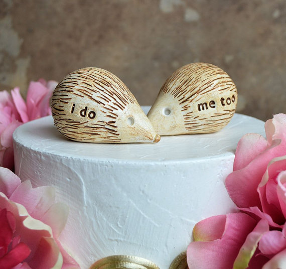 Wedding - Wedding cake topper ... hedgehogs that say i do, me too ... perfect for a rustic wedding