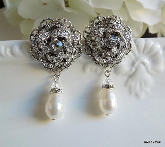 Свадьба - Ivory or White Pearl,Bridal Wedding Earrings,Rhinestone Wedding Bridal Earrings,Rose Chandeliers,Pearl Drops,Pearl,Filigree,Rose,ROSELANI