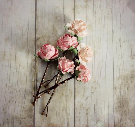 Свадьба - Pink Flower Hair Pins. Flower Hair Pin. Whimsical. Bridesmaids. Rustic Wedding. Woodland. Hair Accessories. Spring,