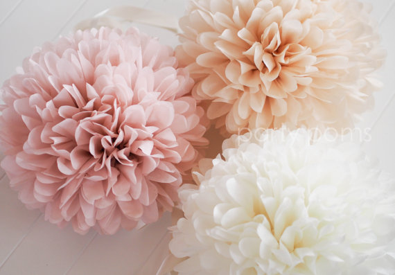 Mariage - 7 Tissue Party Poms .. Wedding Reception Decorations .. Custom Colors