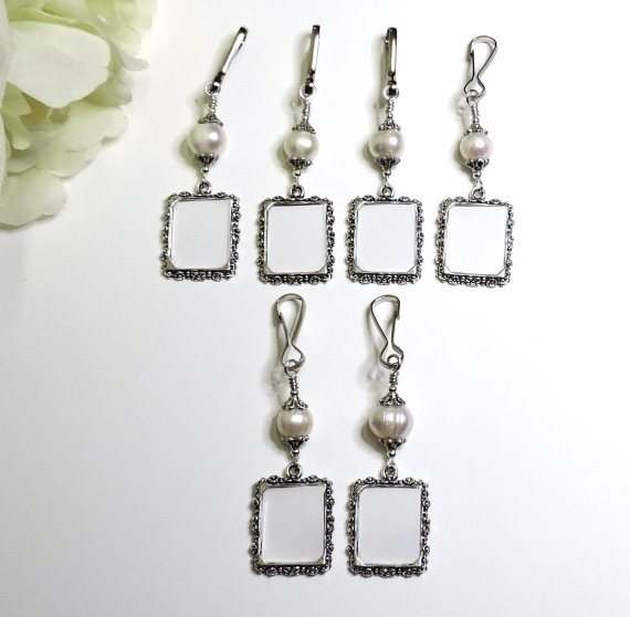 Свадьба - Wedding bouquet charms. 6 Freshwater pearl memorial photo charms.