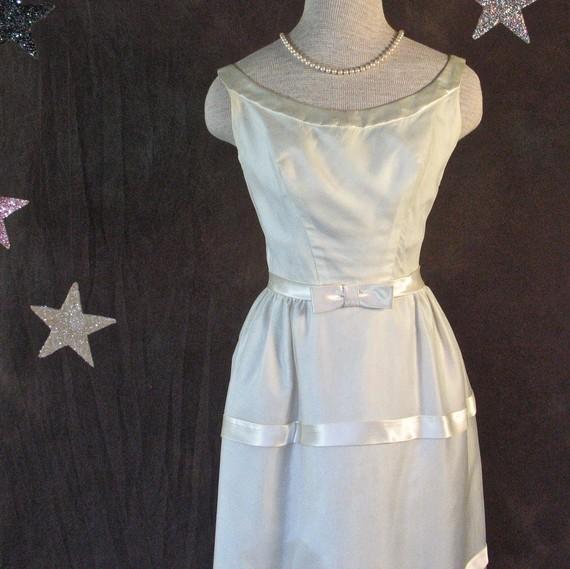 زفاف - 1960's Dress Emma Domb Cream Organza and Satin Mad Men Audrey Hepburn Wedding Dress xtra Small