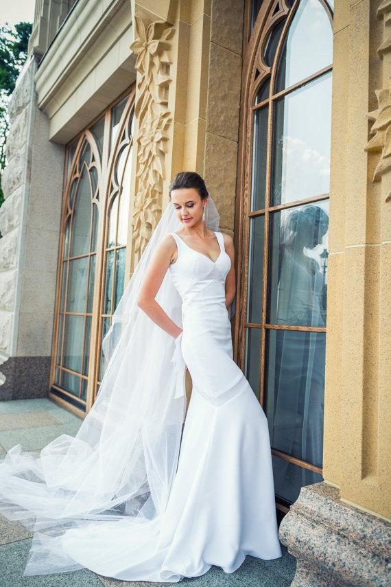 Mariage - Long Wedding Dress with Train, White Long Wedding Dress with Open Back, Crepe Wedding Gown L14