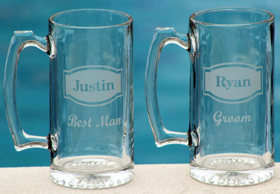 Свадьба - 10 Personalized Groomsman Gift, Etched Beer Mug.  Great Bachelor Party Idea,Groomsmen,Best Man,Father of Bride or Groom Gift