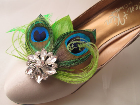 Hochzeit - Peacock WEDDING Shoe Clips, Lime Green PEACOCK Shoe Clips, Bride Shoe Accessories, Lime Green Feather Shoe Clip Accessories, Wedding Shoes