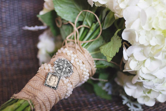 Mariage - Jewel Encrusted Wedding Bouquet Photo Charm