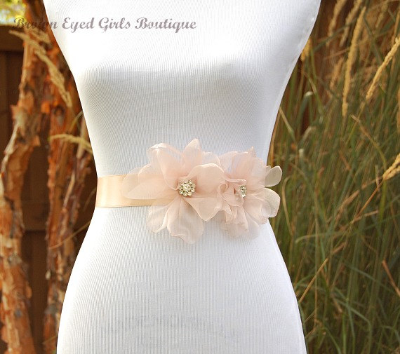Свадьба - Blush Pink Organza Bridal Sash, Blush Organza Wedding Belt, Blush Bridal Belt