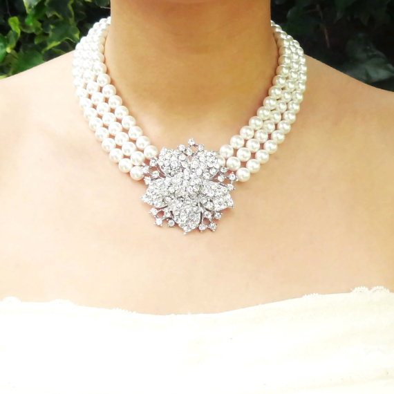 Mariage - Statement Bridal Necklace, Pearl Wedding Necklace, Vintage Style Bridal Jewelry, Breakfast at Tiffany Wedding Jewelry, Mischa
