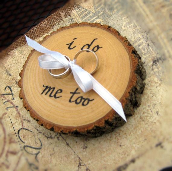 زفاف - RUSTIC RING BEARER i do me too Wood Slice Wood Wedding i love you Engagement Ring Holder Rustic Ring Bearer Pillow Personalized Ring Bearer