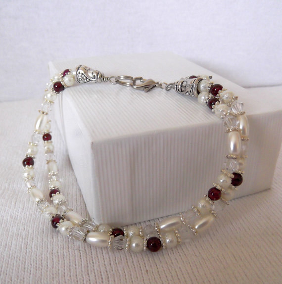 Mariage - Garnet Bracelet, Glass Pearl and Crystals, Bridal Bracelet, Bridesmaids gift, January Birthstone Anniversary Christmas Gift ID 181192167