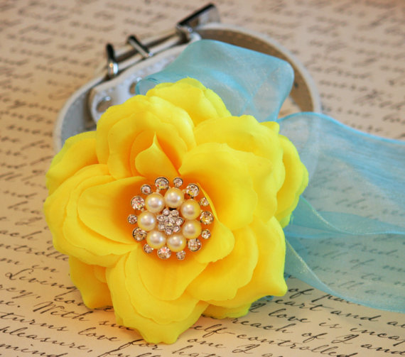 Свадьба - Yellow Floral Dog Collar, Turquoise Blue and Yellow wedding, Pet wedding accessories, Beach Wedding idea, Pearls and Rhinestones, Turquoise