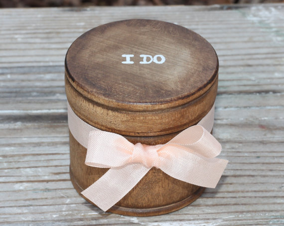 Свадьба - Wedding Ring Pillow Box, Ring Bearer Box Personalization Choice Rustic Woodland Shabby Chic Weddings