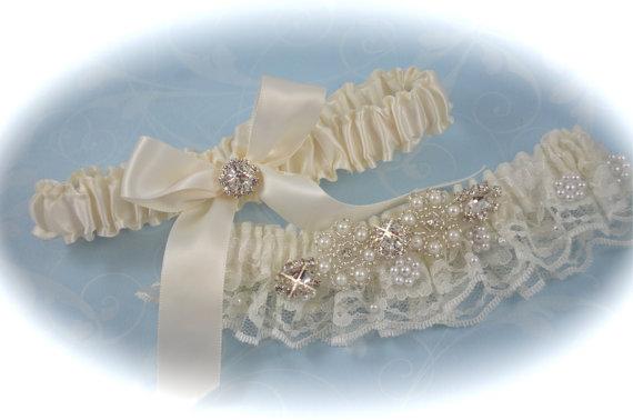 زفاف - Wedding Garter Set in Ivory Wedding Beaded Chantilly Lace, Bride Garters
