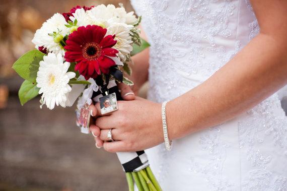 Свадьба - Set of 4 Custom Photo Bouquet Charms