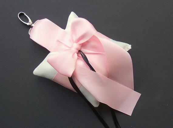 زفاف - Pet Ring Bearer Pillow...Made in your custom wedding colors...shown in white/pale pink